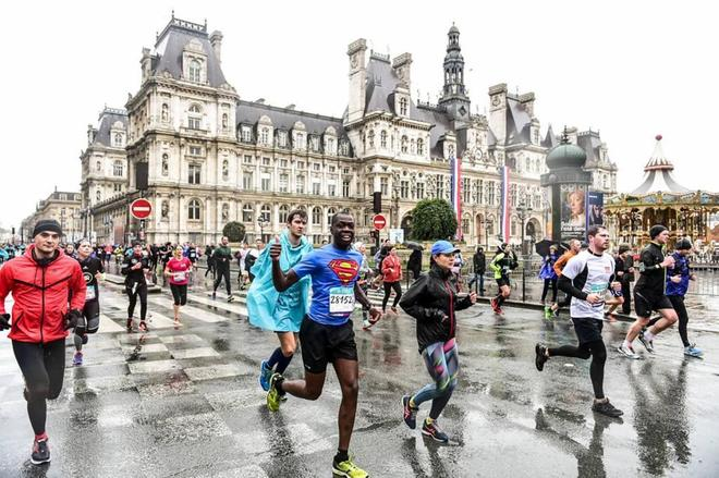 Una de las ediciones pasadas de la Maraton de París.