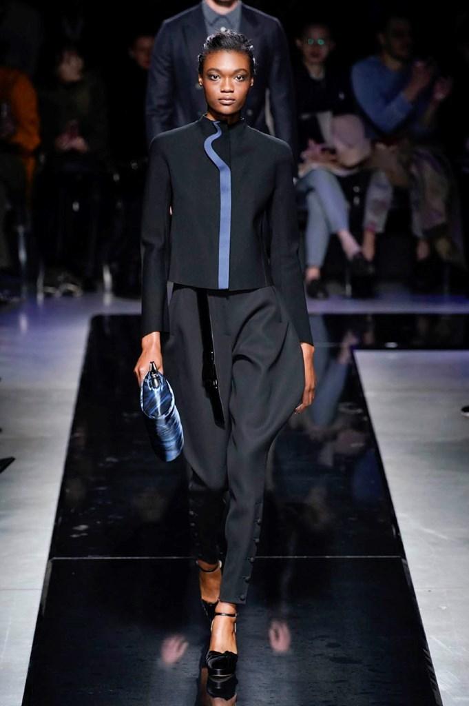 Desfile de Giorgio Armani · Semana de la Moda de Milán · Colección...
