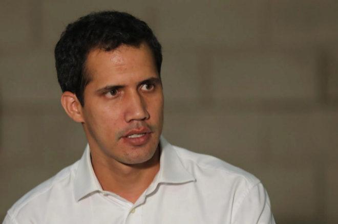 """El Parlamento venezolano llevará mañana a la cumbre del grupo de Lima el """"uso de la fuerza"""" contra Maduro"""