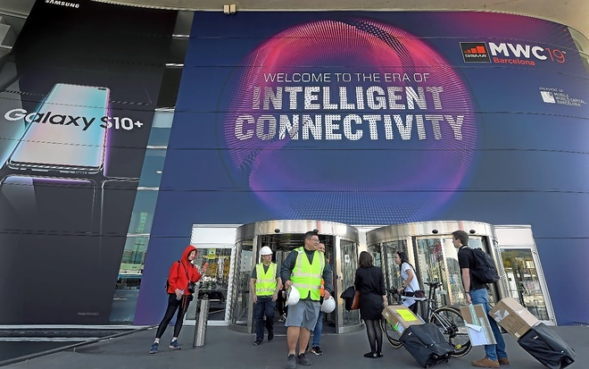 Últimos preparativos en la sede del Mobile World Congress de Barcelona