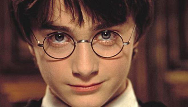 Daniel Radcliffe confiesa que se volvió alcohólico por culpa de Harry Potter