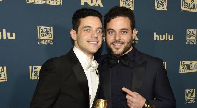 Rami Malek y su hermano gemelo, Sami, tras hacerse con el Globo de Oro...