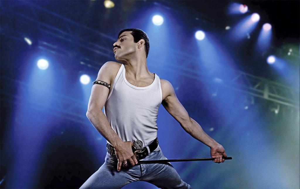 Rami Malek es atendido por los servicios de emergencia tras caerse al recibir el Oscar al Mejor Actor por Bohemian Rhapsody