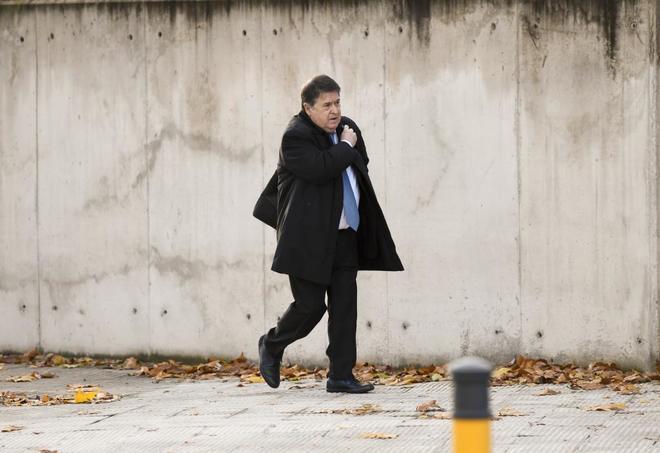 El ex vicepresidente de Bankia y ex presidente de Bancaja, José Luis Olivas, acude a la Audiencia Nacional para el juicio.