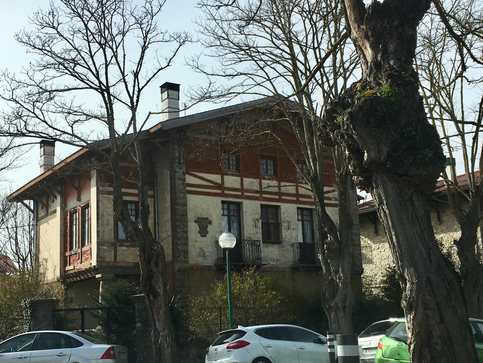 Inmueble de la Ciudad Jardín presuntamente en el que se ha detectado la presencia de 'okupas'.