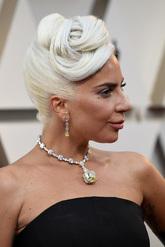 La cantante y actriz lució, sin duda, las joyas más espectaculares...