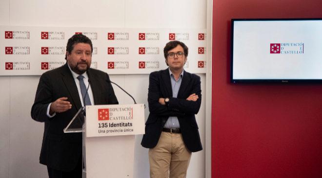 El presidente de la Diputación, Javier Moliner, en la presentación de la nueva herramienta DipcaBot