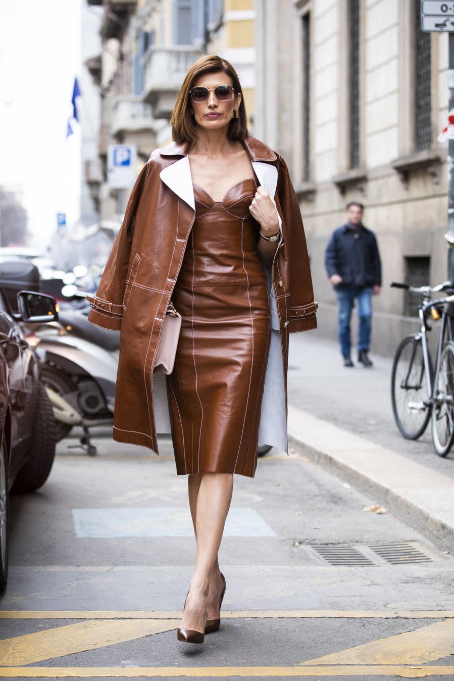 Los estilismos monocromos ya no solo se limitan a los trajes, ahora...