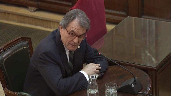 Artur Mas, durante su declaración como testigo en el juicio del 1-O.