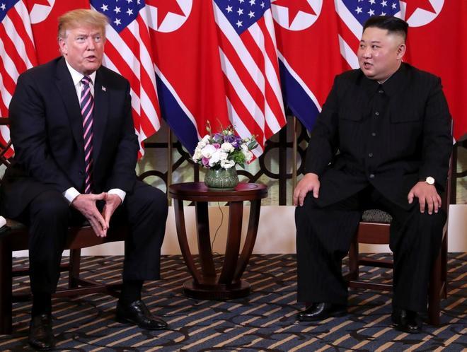 Donald Trump y Kim Jong-Un en Hanoi.