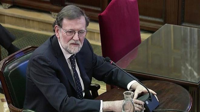 El ex presidente Mariano Rajoy, durante su declaración en el juicio del 1-O.