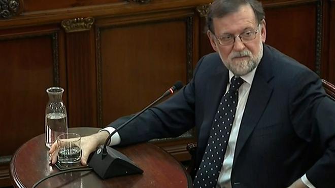 El ex presidente Mariano Rajoy ayer durante su declaración en el...