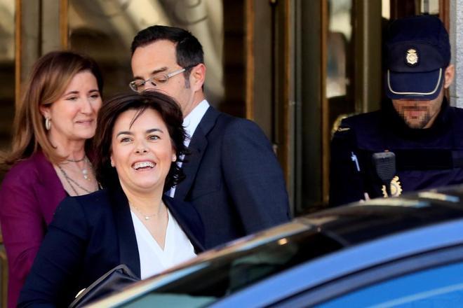 """La ex vicepresidenta del Gobierno <HIT>Soraya</HIT> Sáez de Santamaría, a su salida del Tribunal Supremo tras comparecer este miércoles como testigo en el juicio del """"procés""""."""