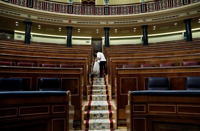 Vista del hemiciclo vacío tras la última sesión del Congreso.