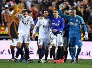 Los jugadores del Valencia celebran la clasificación para la final de Copa.