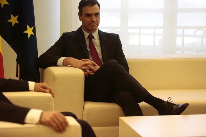 Pedro Sánchez, este jueves, en un encuentro en Moncloa con el presidente de Perú, Martín Vizcarra.