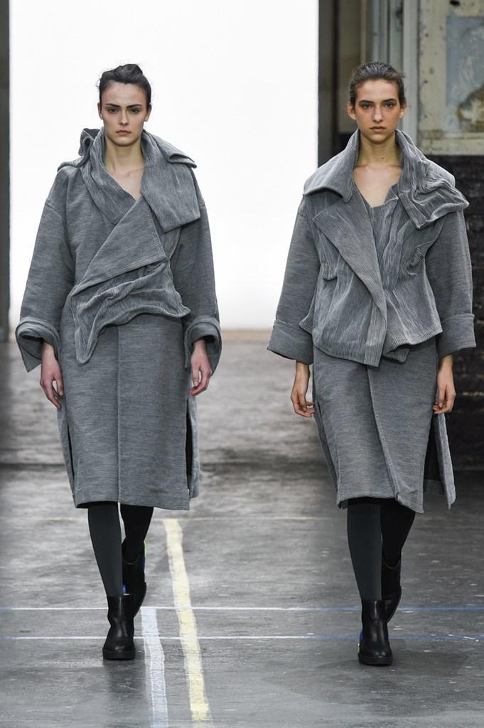 Desfile de Issey Miyake· Semana de la Moda de París · Colección...