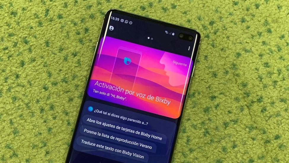 El nuevo Samsung Galaxy S10 ejecutando Bixby.