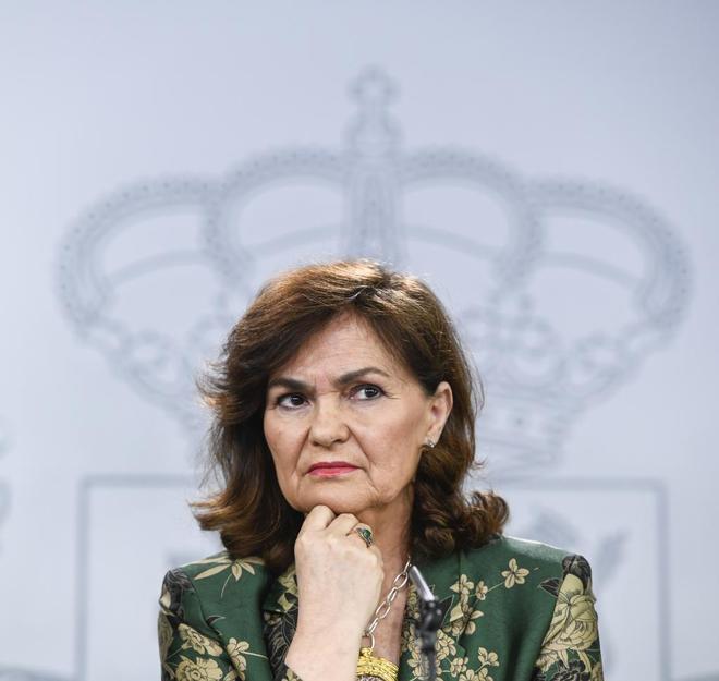 La vicepresidenta del Gobierno, Carmen Calvo, ayer durante la rueda de...