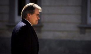 Investigan la participación de Mas en los contratos para crear el estado catalán