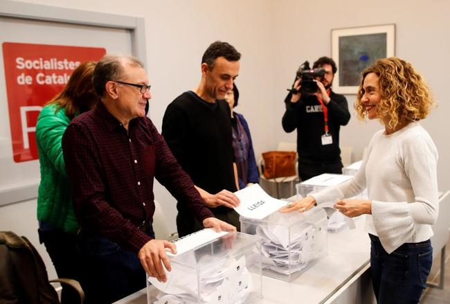 La ministra de Administraciones Territoriales Meritxell Batet en la votación de las primarias del PSC esta mañana en Barcelona.
