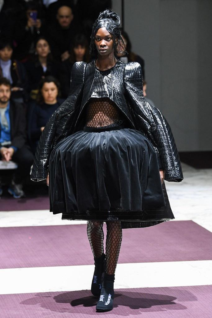 Desfile de Comme des Garçons· Semana de la Moda de París ·...