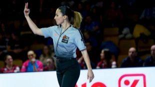 Tres mujeres arbitrarán una final por primera vez en la historia