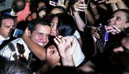 El líder opositor Juan Guaidó, se da un baño de masas en Buenos Aires.