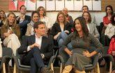 El presidente de Ciudadanos, Albert Rivera, junto a la candidata en...