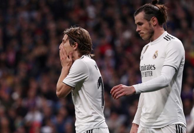 Modric y Bale, durante el Clásico del sábado.