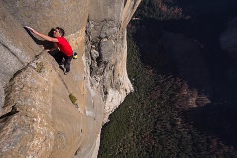 """El escalador de 'Free Solo': """"No pienso mucho en la muerte"""""""