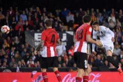 El Valencia, imparable liderado por Rodrigo y Parejo