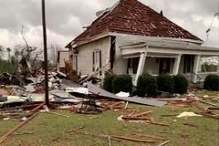 Una vivienda en Alabama, tras el paso de los tornados.