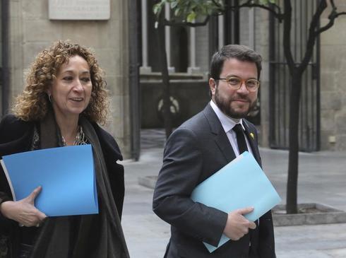 Antonio Moreno 19.02.2019 Barcelona Cataluña. Pere Aragonés vicepresidente y <HIT>Ester</HIT> <HIT>Capella</HIT> consellera de Justicia en la reunión del govern Palau de Generalitat.