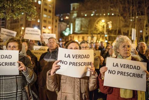Concentración en Bilbao ante los abusos sexuales a menores