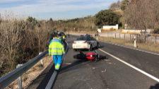 Muere un motorista de 38 años tras salirse de la vía en Brunete