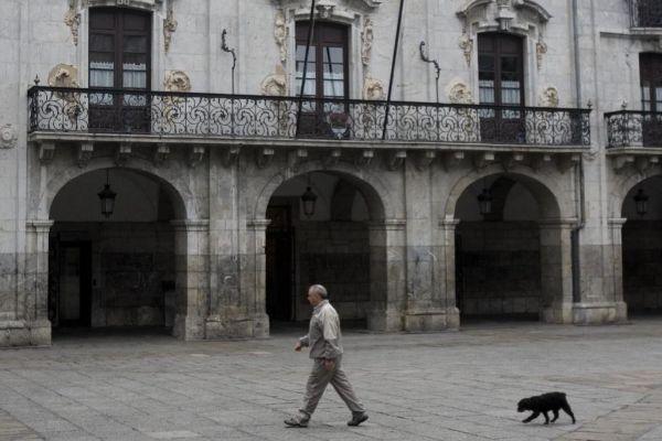 Fachada del Ayuntamiento de Arrasate-Mondragón.
