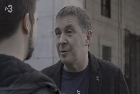 Arnaldo Otegi entrevistado en el programa 'Quatre Gats', de TV3.