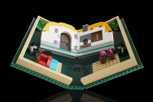 Lego se ríe de Samsung y Huawei con su propio 'plegable'