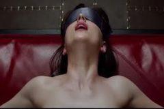 Escena de la película 50 sombras de Grey.