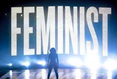 Beyoncé, durante una actuación en unos premios de MTV, en 2014.
