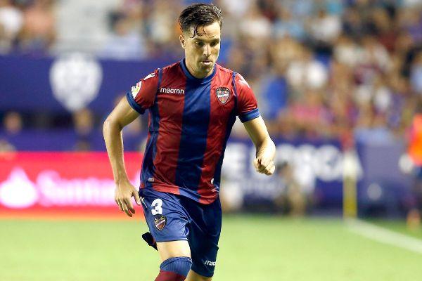 Toño García, en un partido del Levante.