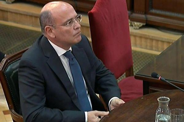 El coronel de la Guardia Civil Diego Pérez de los Cobos, durante su declaración en el juicio del 'procés' .
