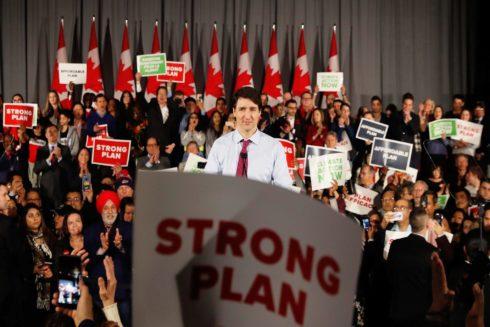 Justin Trudeau da un discurso durante un acto en Toronto.