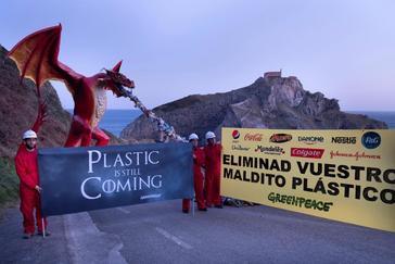 Juego de Tronos se cuela en la última acción contra el plástico de Greenpeace