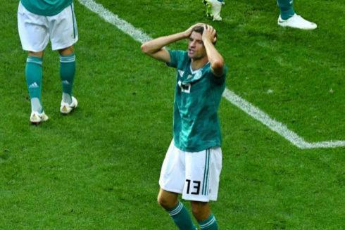Müller se lamenta tras la eliminación de Alemania en Rusia.