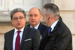 El ex delegado del Gobierno en Cataluña, Enric Millo, a su llegada al Tribunal Supremo