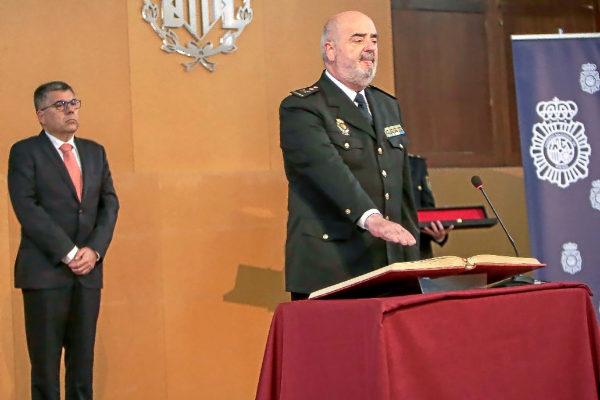 Jorge Zurita, ayer, durante su toma de posesión como jefe superior de Policía de la Comunidad Valenciana.