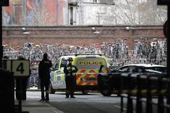 La policía acordona la estación de Waterloo por precaución.
