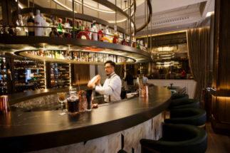 La coctelería circular del 'lobby' del Gran Hotel Inglés.
